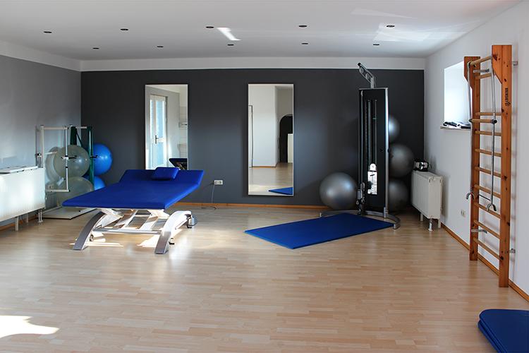 Gymnastikraum - PhysioMed · Praxis für Krankengymastik & Physiotherapie in 47259 Duisburg